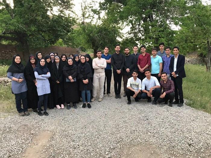 Image 3 حضور جمعی از دانشجویان موسسه در اردوی تشکلاتی بسیج دانشجویی در روستای اندیس