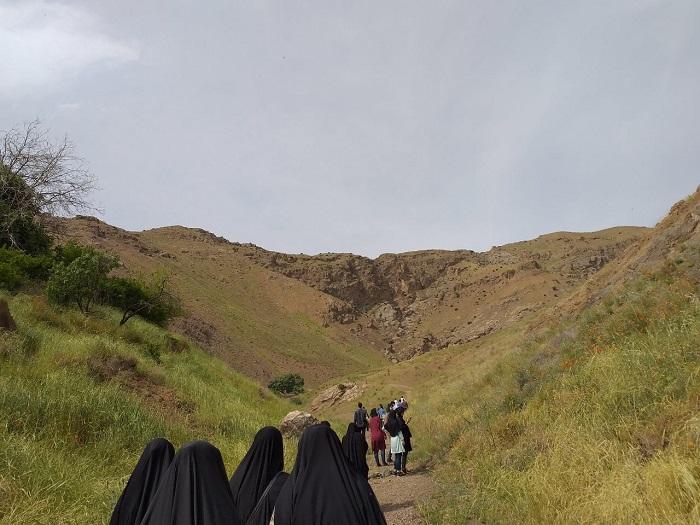 Image 4 حضور جمعی از دانشجویان موسسه در اردوی تشکلاتی بسیج دانشجویی در روستای اندیس