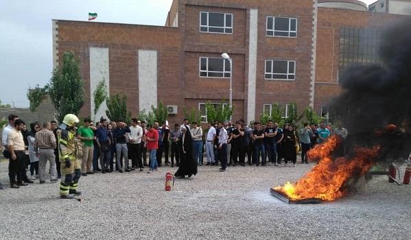 thumbnail 31 دوره آموزشی پرمیت (مجوز کار) در تاریخ 17 مرداد 1398 در موسسه آموزش عالی انرژی برگزار شد